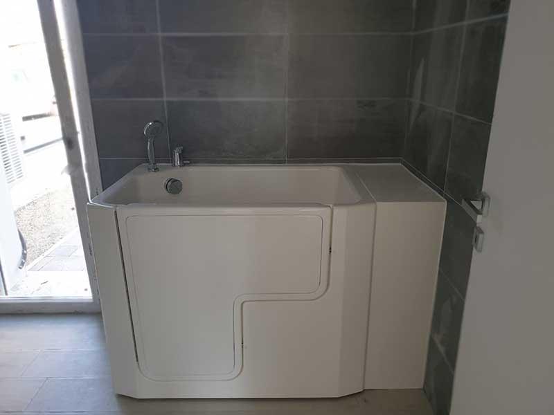 vasca da bagno con sportello laterale Biella