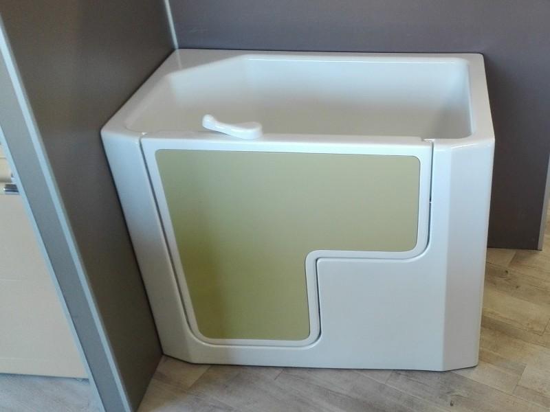 vasca da bagno con apertura laterale