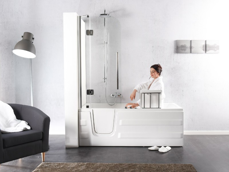 vasca da bagno con seduta motorizzata
