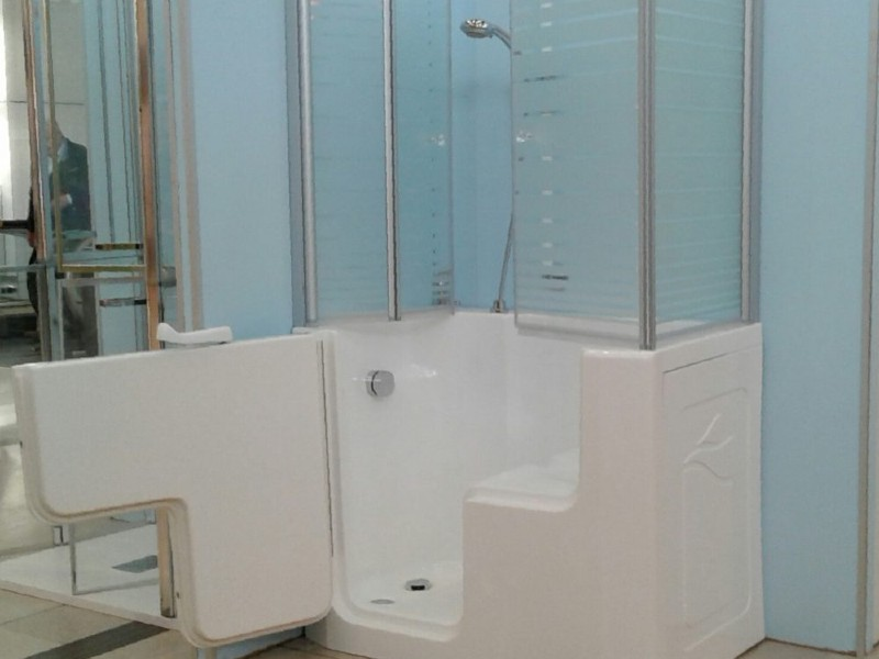 vasca doccia per anziani disabili